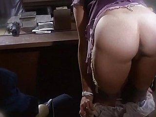 عتيق - أشرطة الفيديو الإباحية